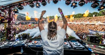 steve-angello-at-tomorrowland-13-by-jonas-roosens-afp
